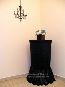 Black Cocktail table linen