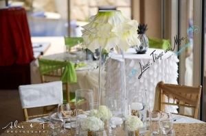 Wedding champagne linens and flowers arrangements Cabo