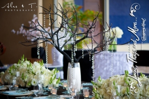 Flower arrangement for Imperial wedding table Cabo