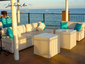 Turquoise lounge set-up in Cabo