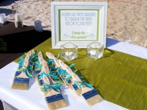 green and off white wedding card table at the Hilton Cabo