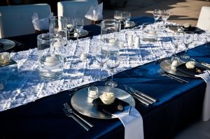 Navy Blue and white imperial table set-up