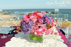 wedding flowers and linens Esperanza Los Cabos