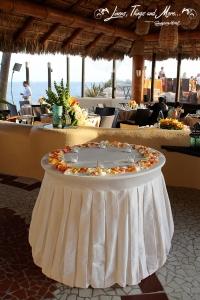 Sunset Da Mona Lisa Wedding Cake table linen