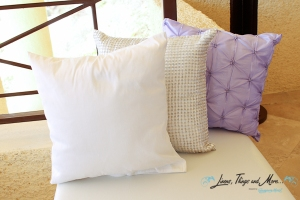 wedding Cabo: lavender decorative cushion