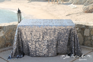 Wedding Cake table sequins silver Esperanza Resort Cabo