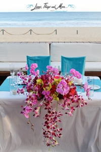 Bride and groom table floral design