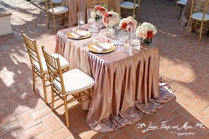 Tailor made wedding tablecloth pink and gold Cabo
