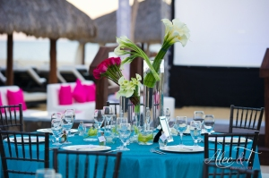 Turquoise and brown wedding linens at Cabo Azul Resort