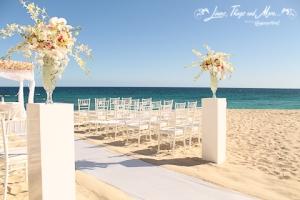 High end wedding floral Design Los Cabos