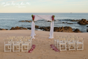 Cabo Floral Studio wedding ceremony