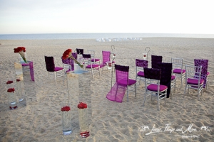 Red and deep purple wedding ceremony in Cabo