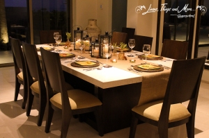 Lifestyle Thanksgiving dinner decor Los Cabos