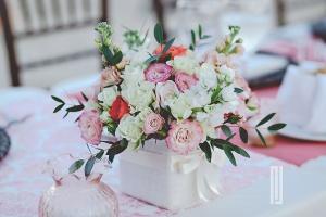 Cabo customized wedding decor and flowers