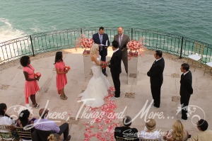 Los Cabos Villa wedding ceremony flowers