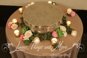 Nude sequins wedding cake table design, flowers Cabo Floral Studio, Barcelo Hotel
