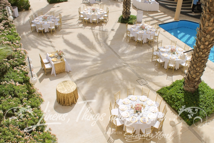 Gold and blush wedding in Cabo