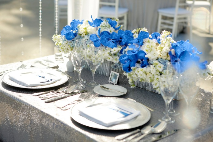 bride and groom table silver sequins blue vanda centerpiece 2