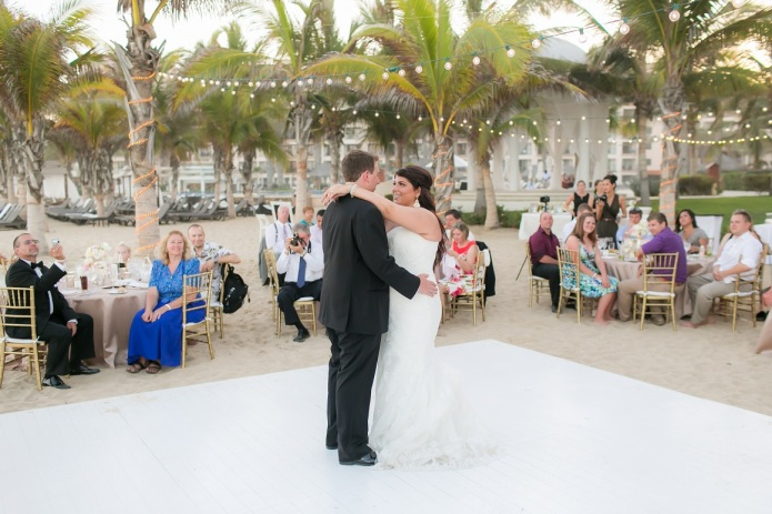 cabo wedding first dance