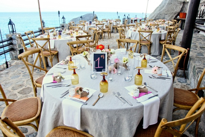 Cabo wedding table setup