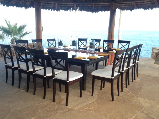 Cabo seaside dinner setup